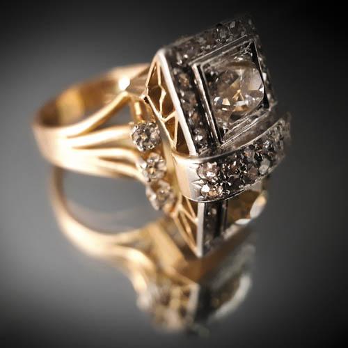 28 Bague deux diamants tailles ancienne