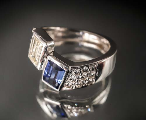10 Bague Toi et Moi Saphir et diamant