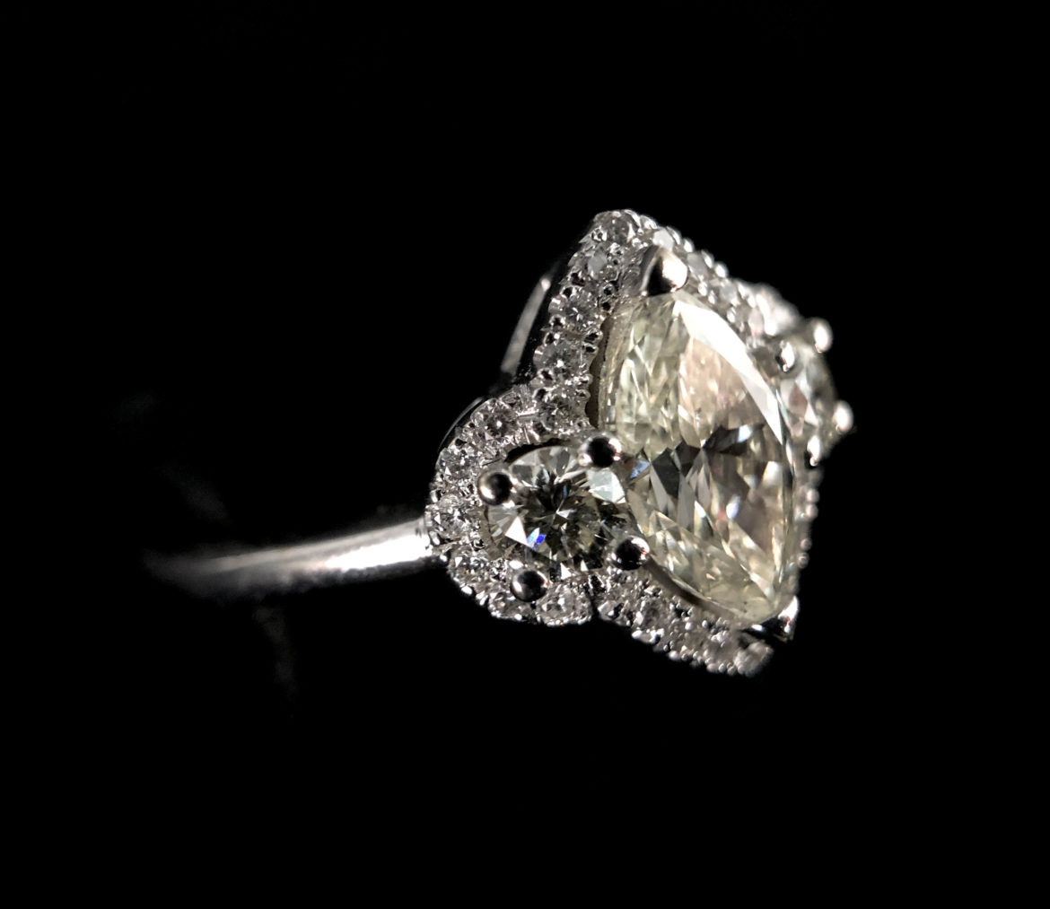 48 Bague diamant taille marquise
