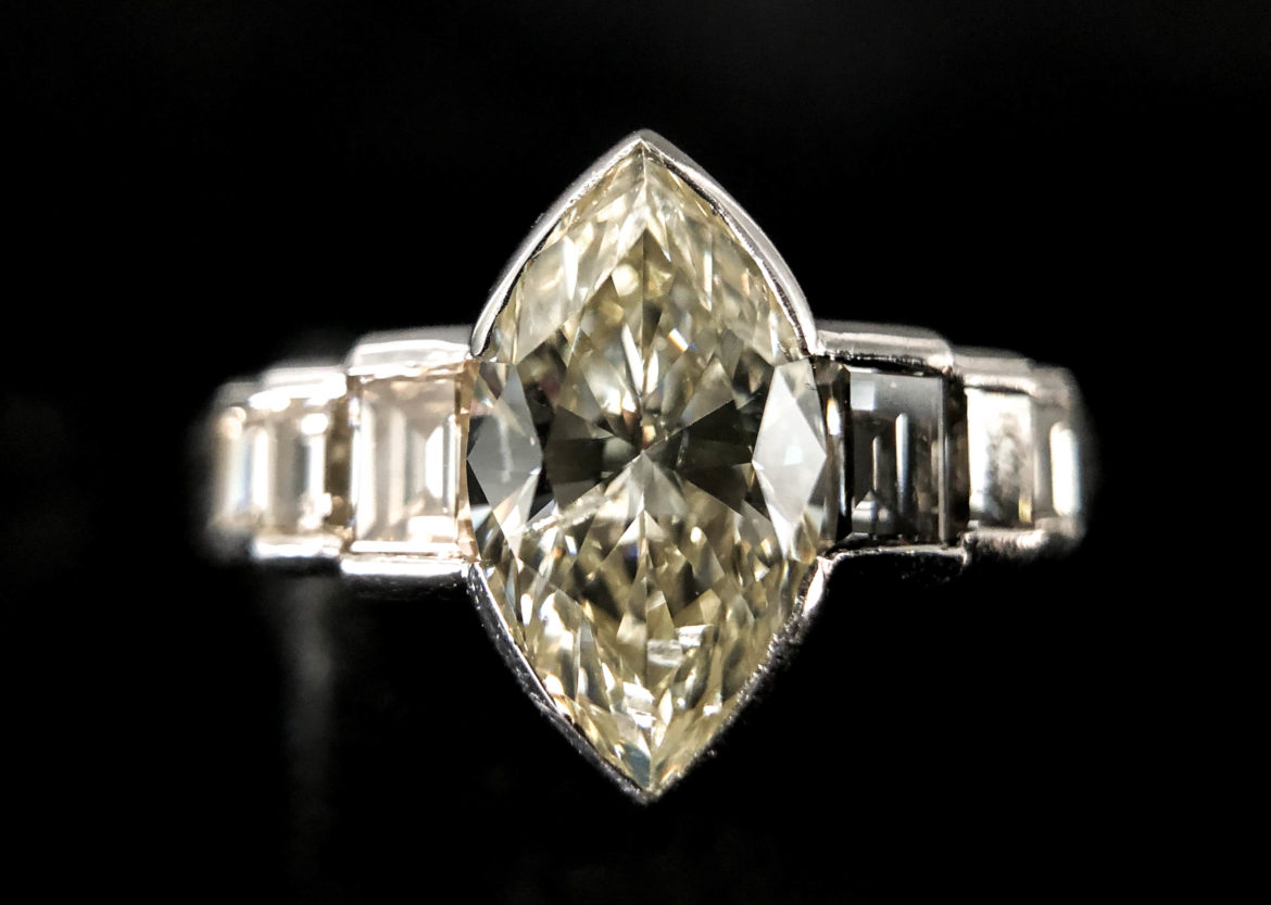 50 bague diamant taille marquise