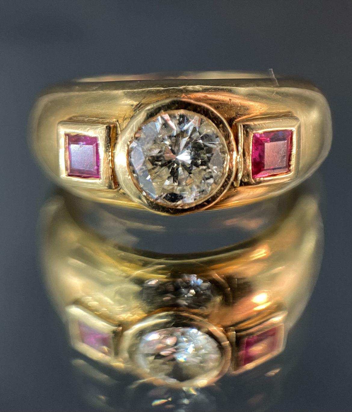60 Bague diamant taille brillant et rubis