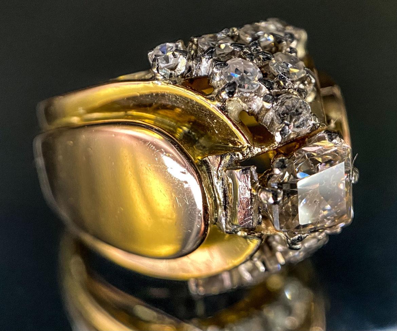 61 Bague diamant trapèze