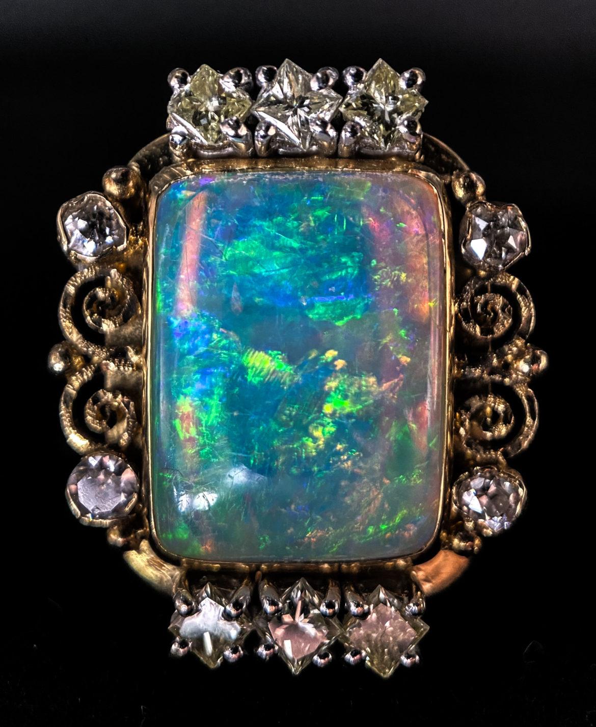 62 Bague opale